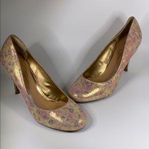 Jessica Simpson Oscar Pump Gold floral 10B